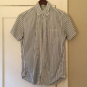 J. Crew Men's XS Short Sleeve Button Shirt Green